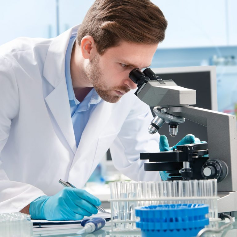 medical scientist making new discovery